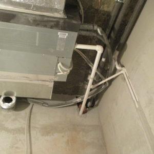 Внутренний блок кондиционера MITSUBISHI ELECTRIC и дренажная система
