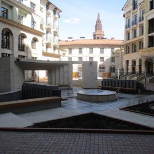 Внутренний двор в Итальянском квартале ( москва)