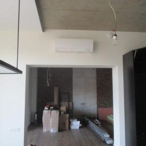 Монтаж системы кондиционирования и вентиляции в коттедже